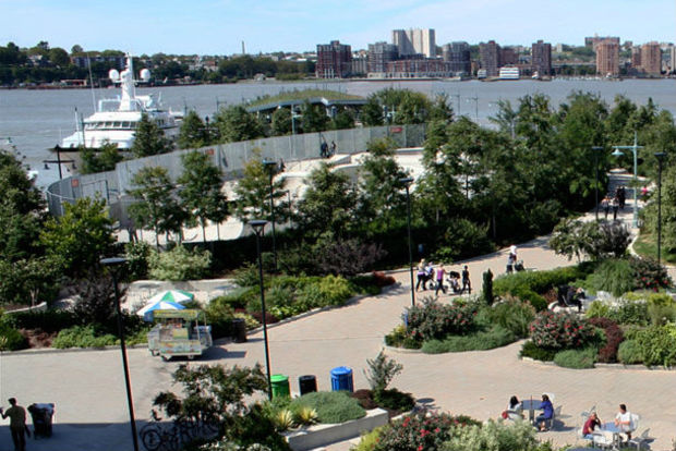 Man Found Dead On Grass At Chelsea Waterside Park Nypd Says Chelsea New York Dnainfo