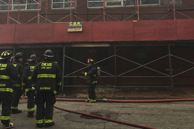 A fire damaged a vacant building on the Near West Side early Friday, officials said.