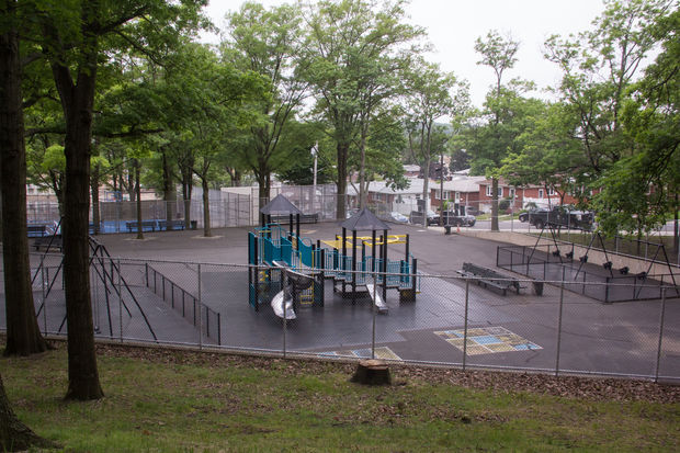 Staten island parks open with 2 6m in renovations for Garden school pool jackson heights