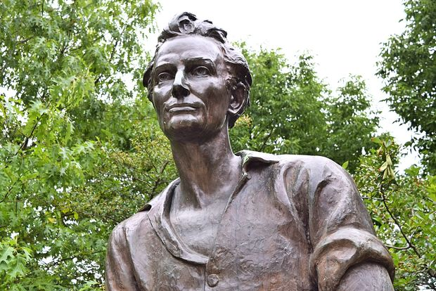 "The statue of ""Young Lincoln"" at Senn Park has admirers who say they've ""definitely never seen a hotter [Abraham] Lincoln."""