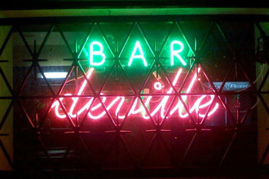 Bar DeVille, 701 N. Damen Ave., is closing.
