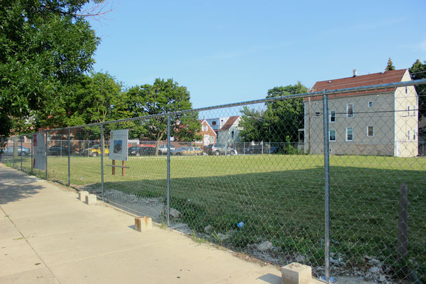 Weigh In On Plan To Turn Vacant Montrose Lot Into Affordable