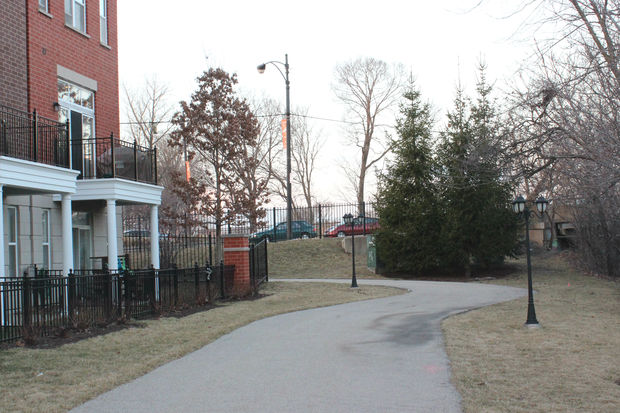 A homeowner's association is donating a parcel of private land along the river.