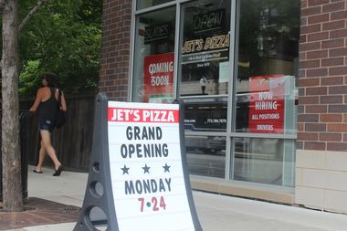 Jet's Pizza, at 5058 N. Clark St., will serve deep-dish, thin-crust and specialty pizzas.