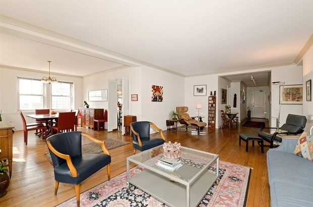 5 rare condos in historic edgewater buildings you can own right now edgewater chicago dnainfo. Black Bedroom Furniture Sets. Home Design Ideas