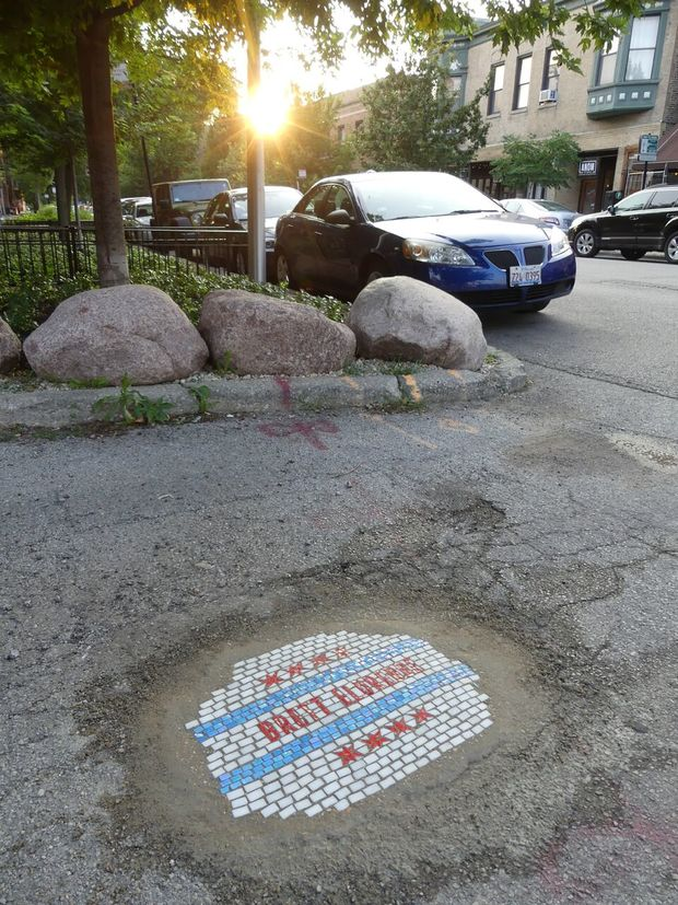 Country singer, Brett Eldredge, recently came out with his self-titled album and to promote it he teamed up artist Jim Bachor in a series of pothole mosaics in Chicago and Nashville.