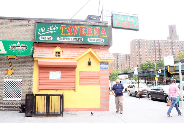 Johnny Caro, 67, said he's shutting down Mi Nido Taverna on 148 Nagle Ave., after 46 years in business. (Photo: Carolina Pichardo | DNAinfo)