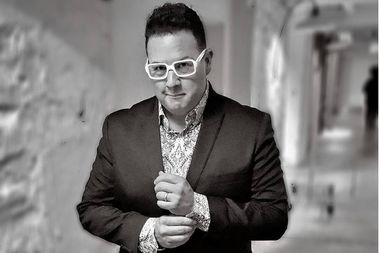 Celebrity chef Graham Elliot of Morgan Park will find out Sept. 17 if his show