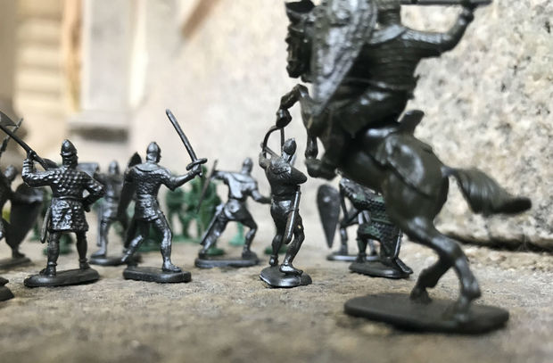 Park Slope artist Justin Captis is scattering miniature skirmishes between toy soldiers across the borough.