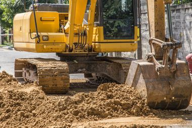 Workers digging on the grounds of the Kingsboro Psychiatric Center found a half of a skull and bone fragments on the ground Monday afternoon.