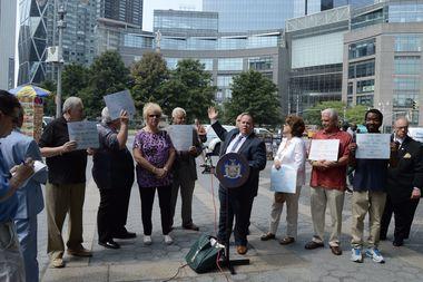 Assemblyman Ron Castorina defend the Columbus Circle statue that commemorates Italian immigrants.