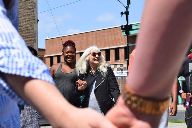 Cynthia Germanotta held hands with participants at the event, sharing with them words of encouragement and listening to their stories.