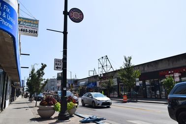 Cars are being stolen on Devon Avenue, according to police.