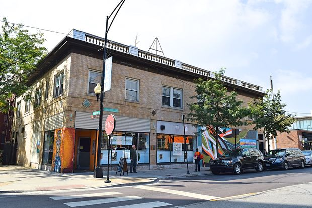 Developers hope to demolish the current building at 1101 W. Granville Ave. and rebuild as updated apartments with a restaurant on the ground floor.