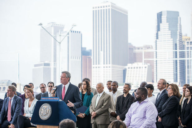 Mayor Bill De Blasio announced a mandate Thursday that would force some of the city's most inefficient buildings to curb their green house gas emissions.