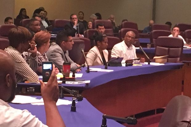 West Loop Ald. Walter Burnett (27th) lead the push for the measure, which ran into opposition from aldermen who said it would not ensure that more affordable apartments would be built to house families struggling to stay in Chicago.